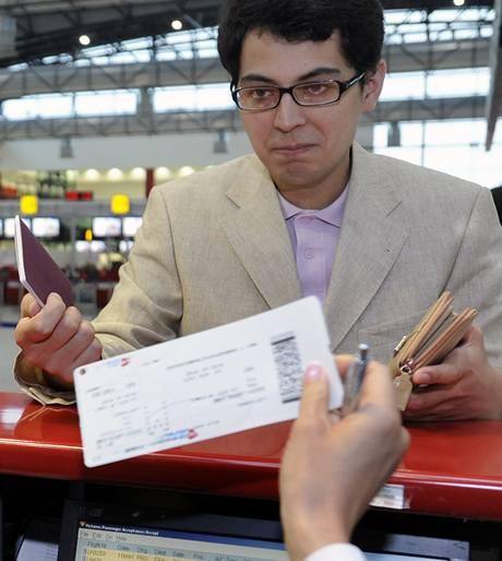 Byrokracie se vkrádá také do letecké přepravy | Ilustrační foto