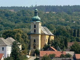 Farní kostel sv. Havla v Osvětimanech.