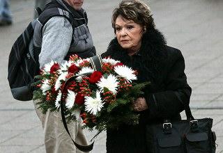Comeback Jiřiny Bohdalové je jediným světlým momentem letošních Vánoc.