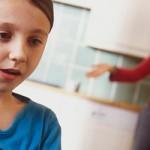 Jsme hloupí, budou muset rodiče s nízkým IQ oznámit svým dětem