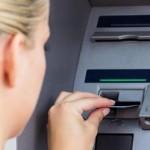 Nulová tolerance bankomatům. Začíná bitva o peníze